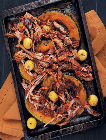 Pulled pork on apple-roasted pumpkin recipe