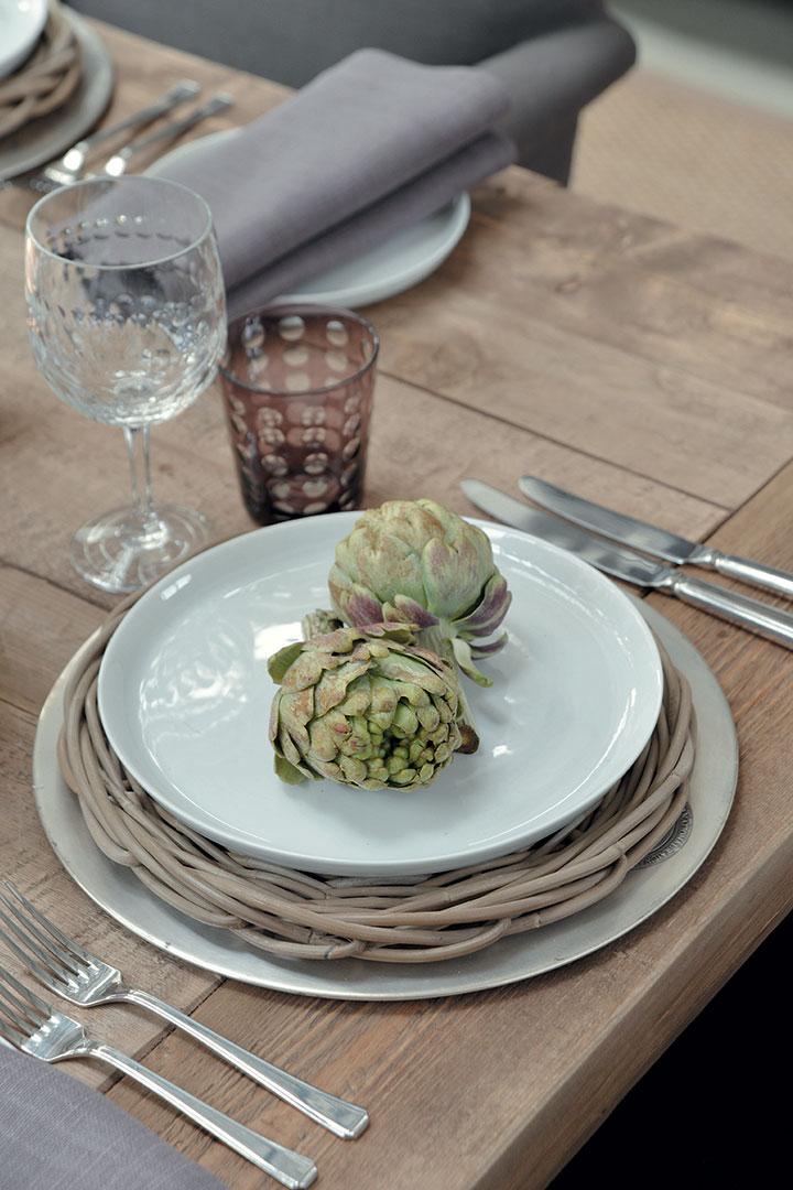 artichoke tables textured tables