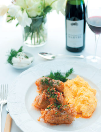 Stuffed cabbage rolls with polenta and sour cream recipe