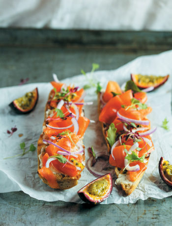 Baguette with smoked salmon and granadilla recipe