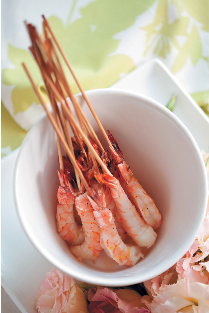 Lemon Marinated Prawns With A Sweet Chilli Dip Food