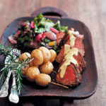 Pan-fried fillet of beef with a creamy horseradish sauce