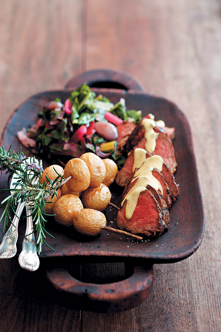 Pan Fried Fillet Of Beef With A Creamy Horseradish Sauce Recipe