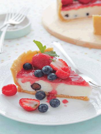 Mixed berry and sour cream no-bake cheesecake recipe