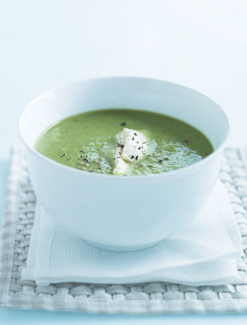 Pea, spinach and ham soup recipe