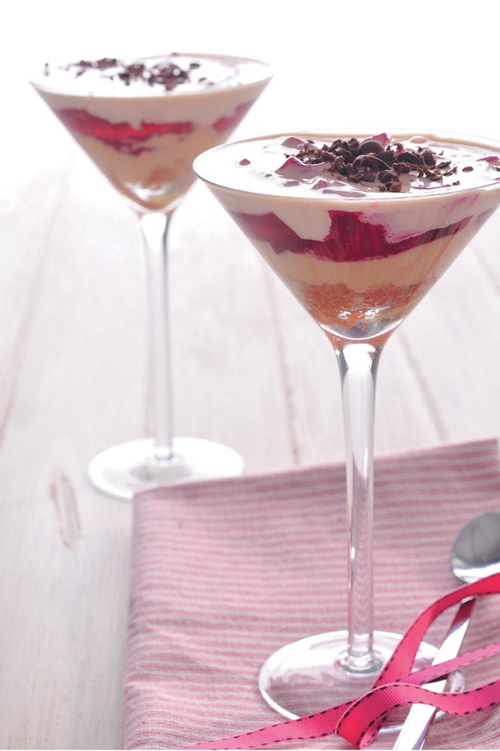 Festive strawberry trifle recipe