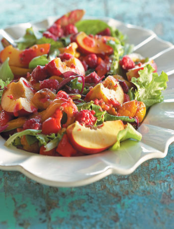 Roasted pepper and nectarine salad with raspberry dressing recipe