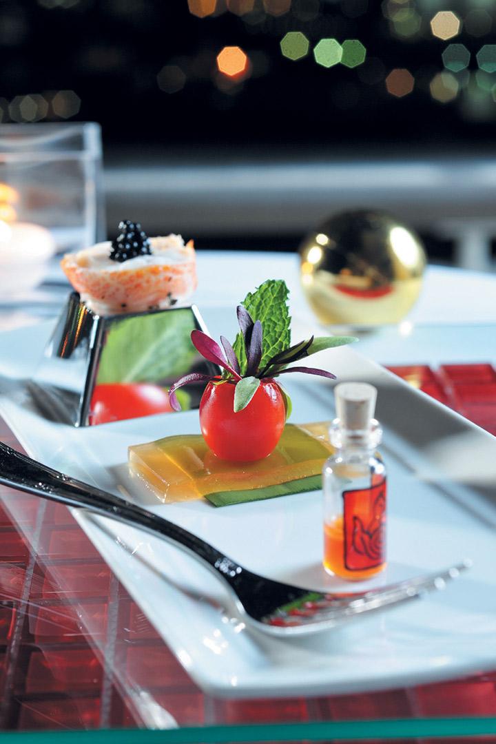 Crayfish medallions and lemon dressing recipe