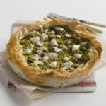 Spinach, onion and goat's cheese summer tart