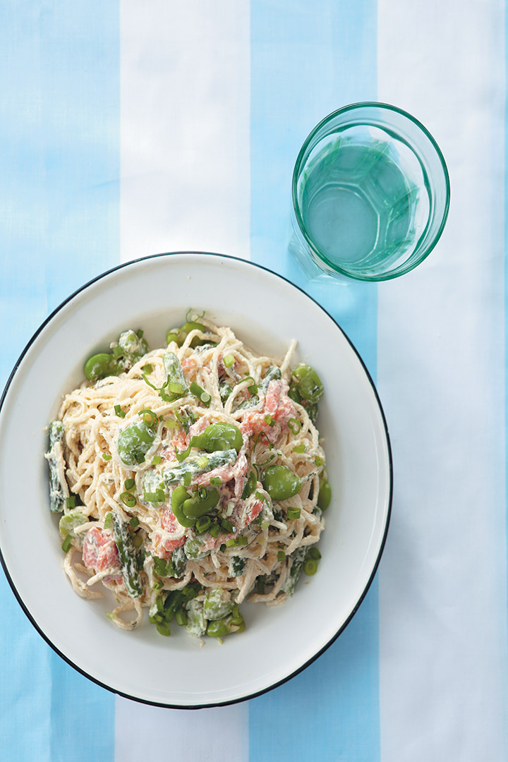 Broad bean, asparagus and smoked salmon pasta recipe