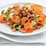 Chickpea, baby marrow and carrot salad