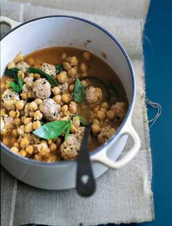 Chickpea soup with basil meatballs recipe