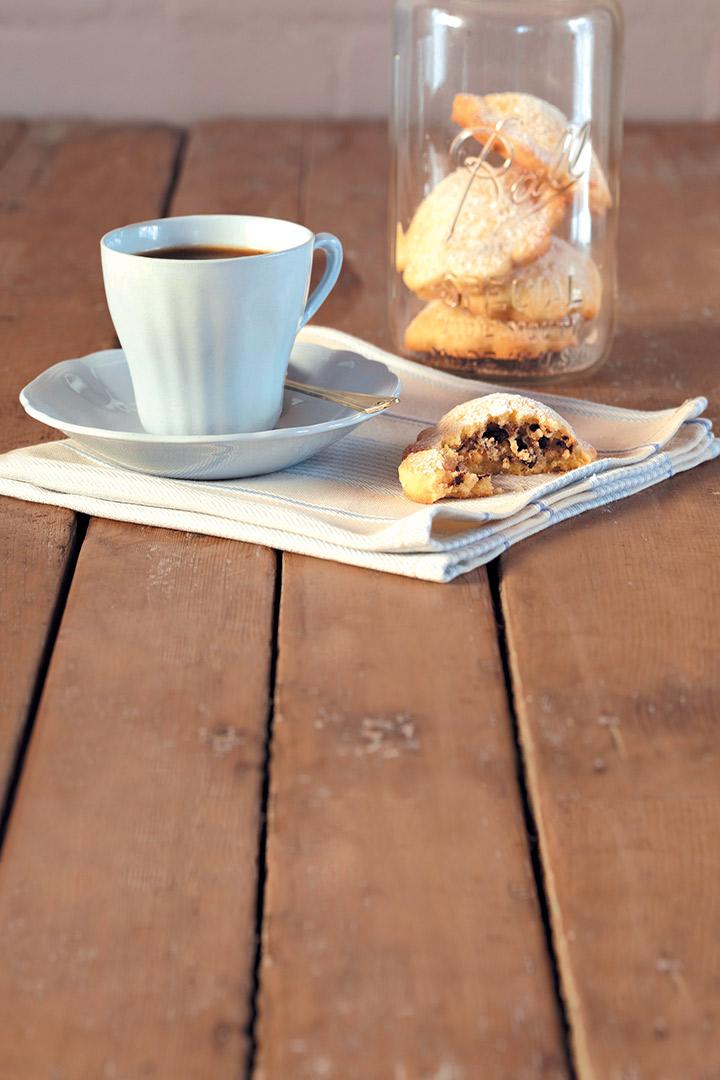 Chocolate, orange and hazelnut ravioli biscuits recipe