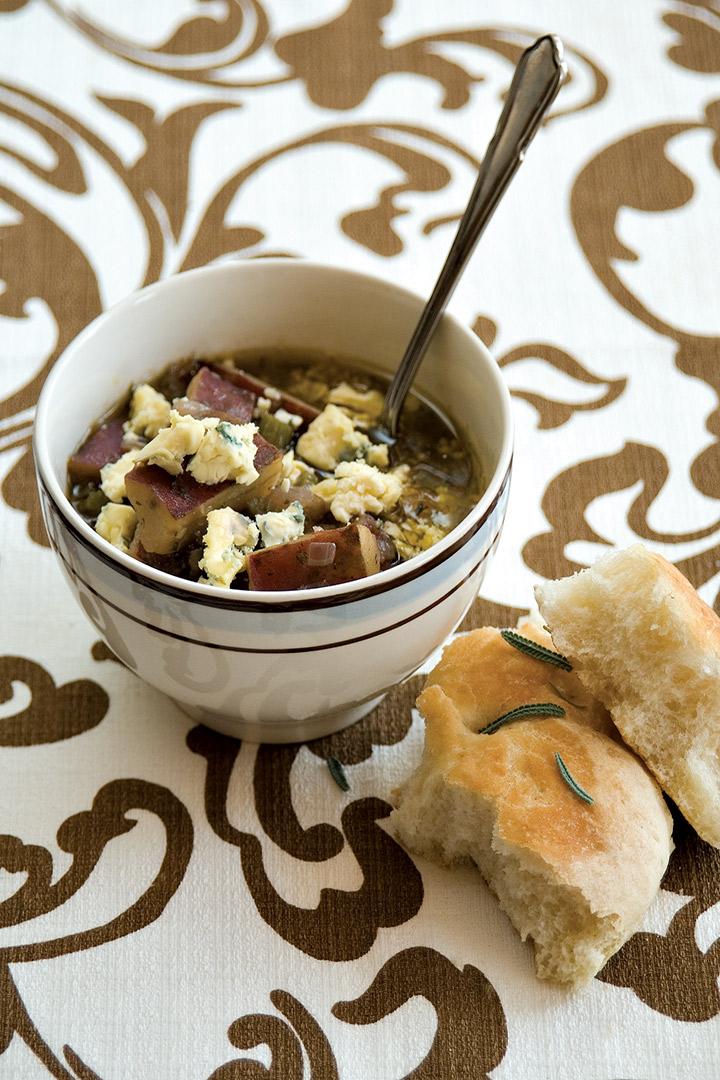 Rustic and chunky sweet potato soup recipe
