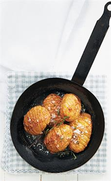 Retro hasselback potatoes