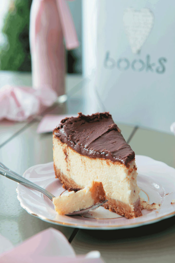 Baked cheesecake with Bar One topping recipe