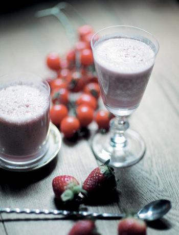 Cherry tomato and strawberry milkshake with vodka recipe