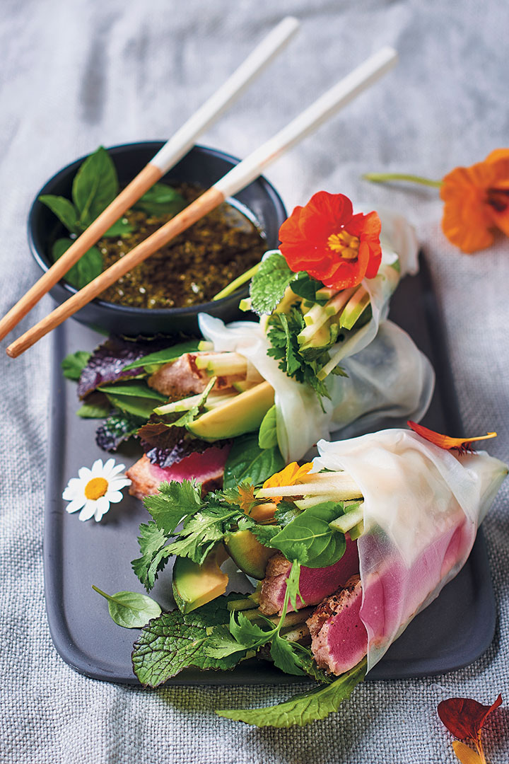 Crystal spring rolls with chargrilled tuna, avocado, apple and herbs recipe