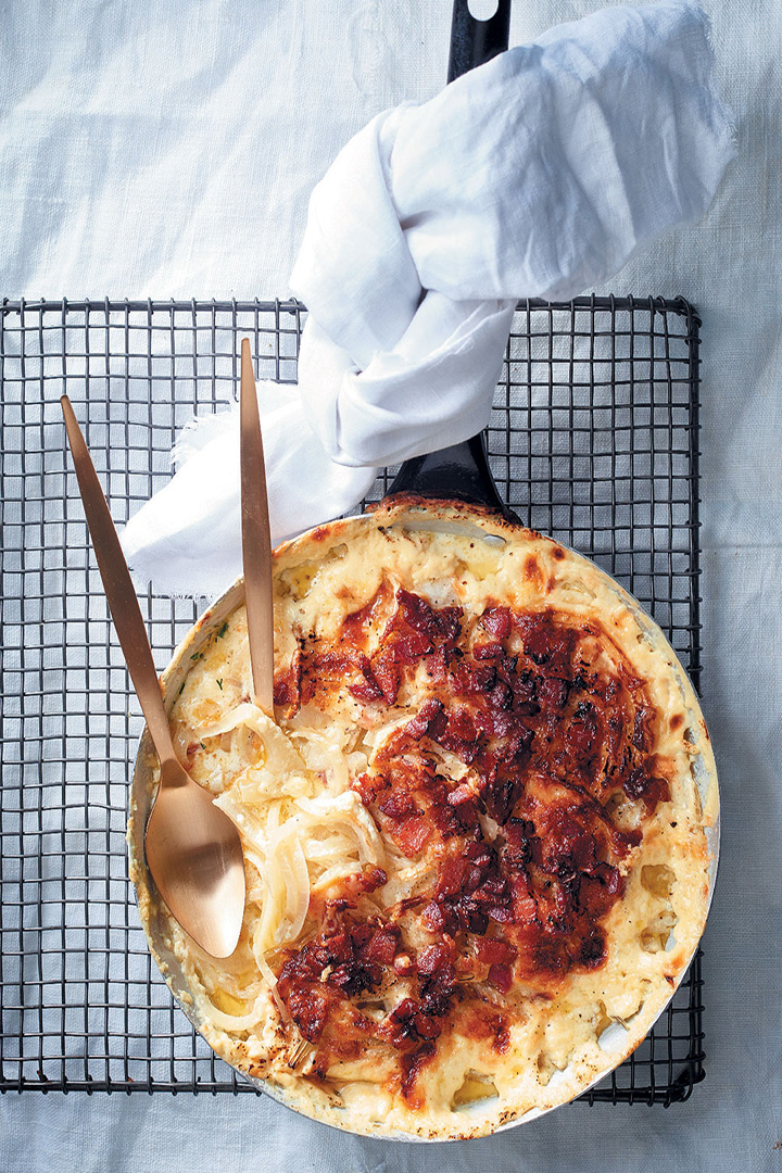 Fennel bulb, bacon and mature cheddar bake recipe