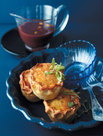 Mini duck and mushroom pies with wine and gooseberry sauce recipe