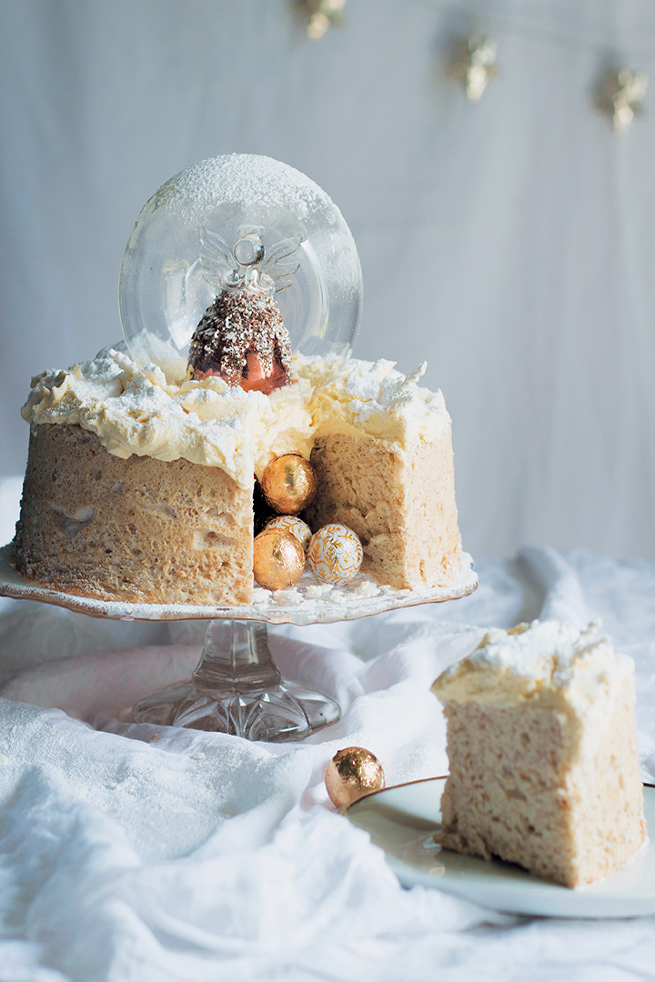 Angel Snow Globe Cake With Brandy Butter Icing Recipe