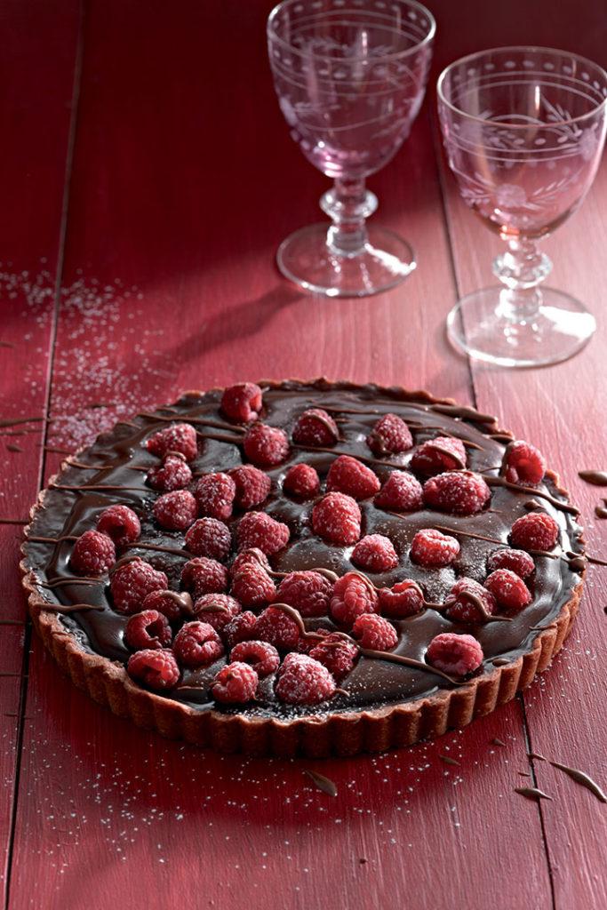 Chilli chocolate and raspberry tart