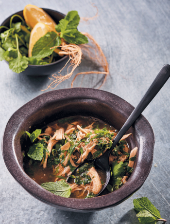 Fragrant nourishing chicken and spinach broth