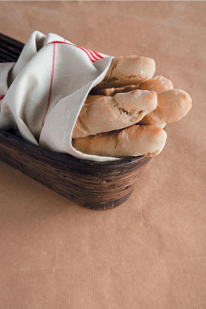 Baguette-style breadsticks recipe