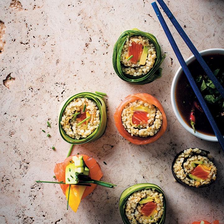 Pattypan and bulgur-wheat sushi with mango-chilli dip