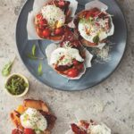 Poached egg and bacon muffin cups