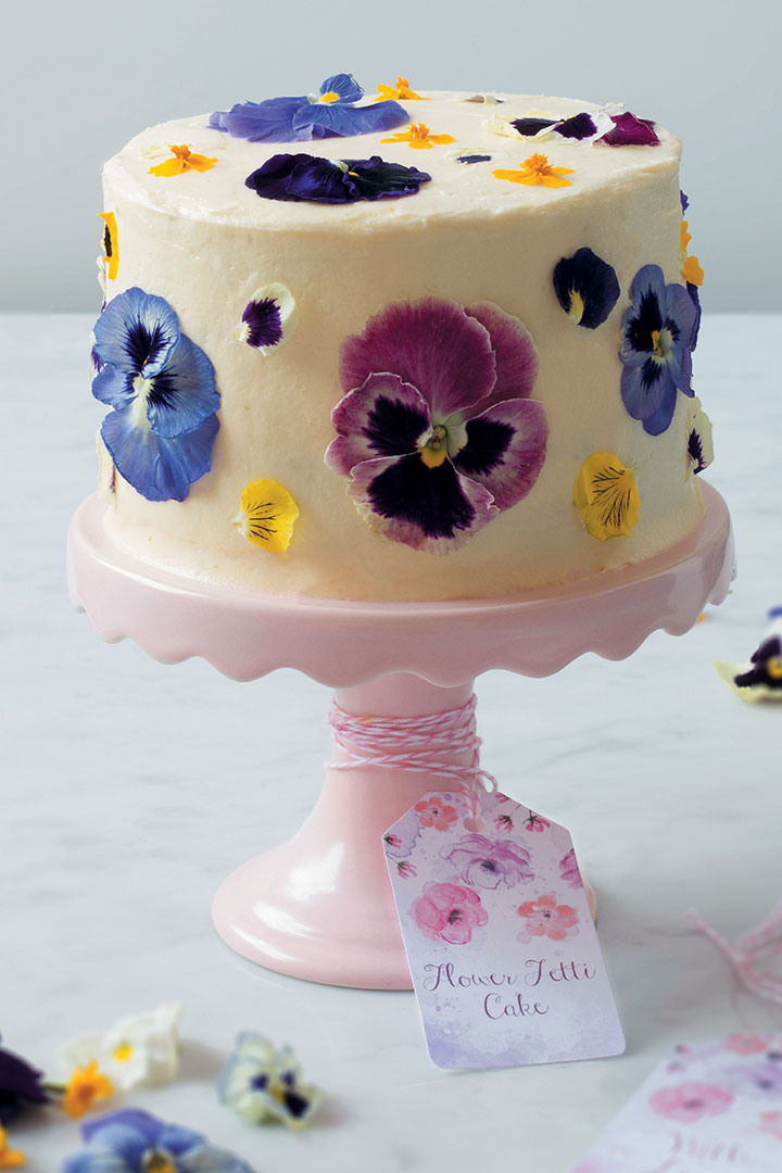 Flowerfetti cake with cream cheese icing Food Home Entertaining
