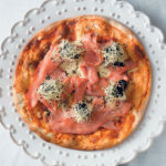Pizza  with smoked salmon, caviar and crème fraîche