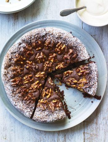 Swiss walnut and chocolate cake recipe