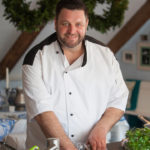 27 August – Join Chef Mynhardt Joubert as he cooks from Peter Veldsman's new book