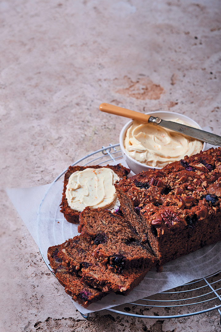Blueberry and carrot bread with flavoured cream cheese