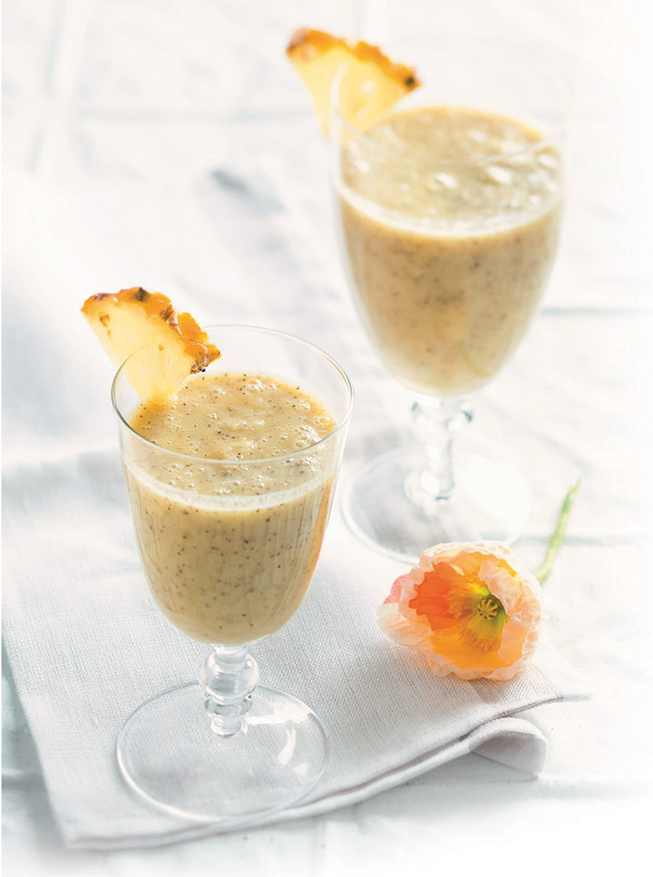Chai and pineapple smoothie
