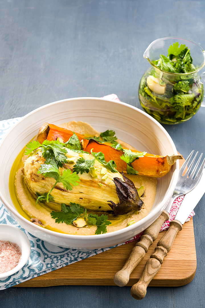 CHARGRILLED-BRINJALS-AND-BUTTERNUT-ON-A-BED-OF-HUMMUS