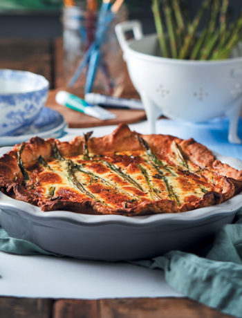 Asparagus and Camembert quiche
