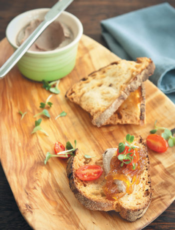 Chicken liver pâté with ciabatta toast