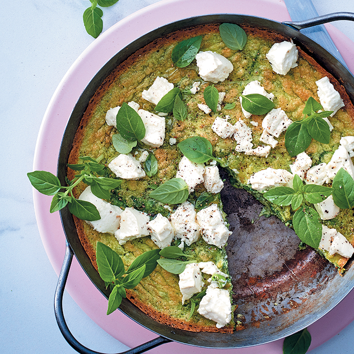Herbed frittata with goat's cheese and peas