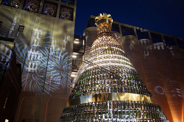 Moët & Chandon's Golden Tree Lighting Ceremony opens SA's festive season to the sounds of the South African Youth Choir