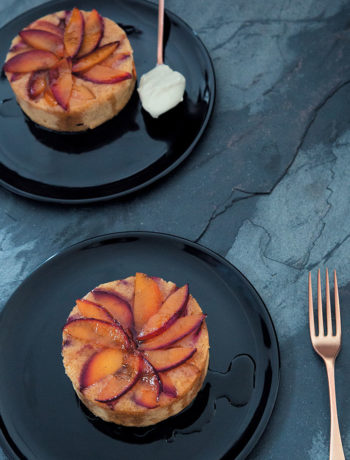 Upside-down plum cake with crème fraiche
