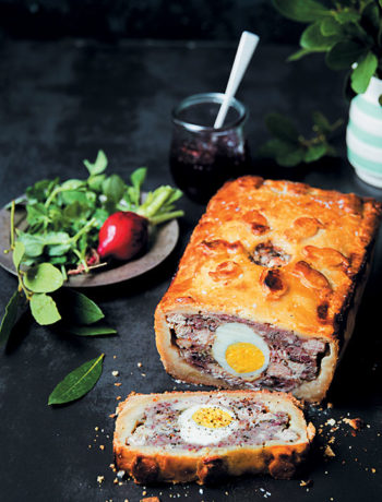 Old-fashioned English raised pork and chicken pie