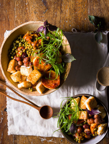 Crispy tofu with spring onions, mung beans and Bambara groundnuts tossed in peri-peri sauce