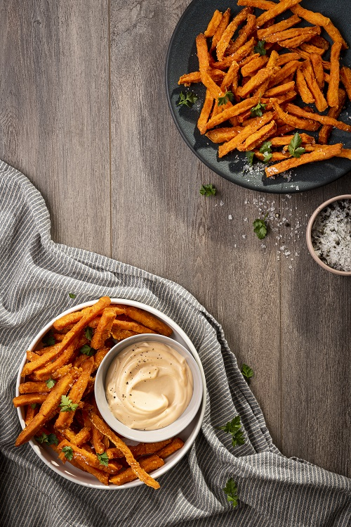 Crispy Sweet-Potato Fries with 1000 Island Dip