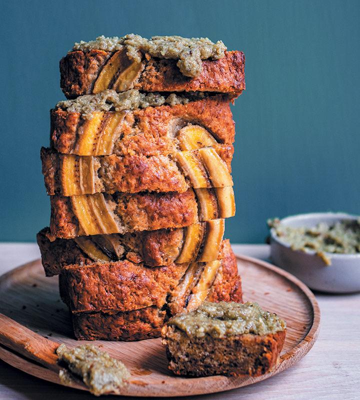 "Banana bread with hemp-seed ""butter"""