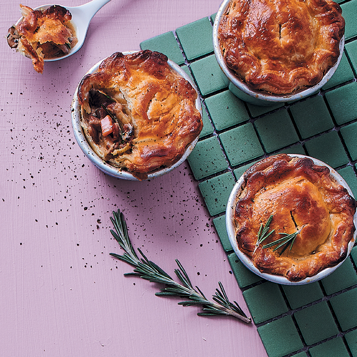 Mushroom and bacon pies